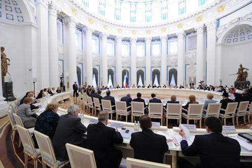 Участники Координационного совета при президенте РФ по реализации национальной стратегии действий в интересах детей на 2012-2017 годы