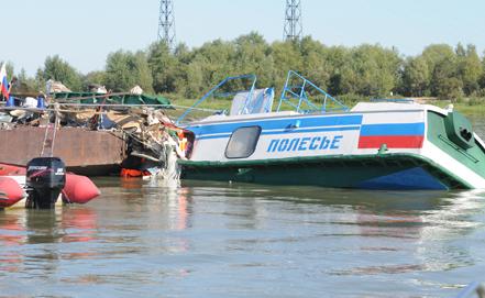 Священники сегодня навестят всех пострадавших пассажиров теплохода, столкнувшегося с баржей в Омской области