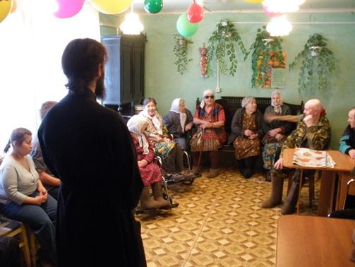 В Мезенском доме-интернате пожилые люди чувствуют себя почти как дома