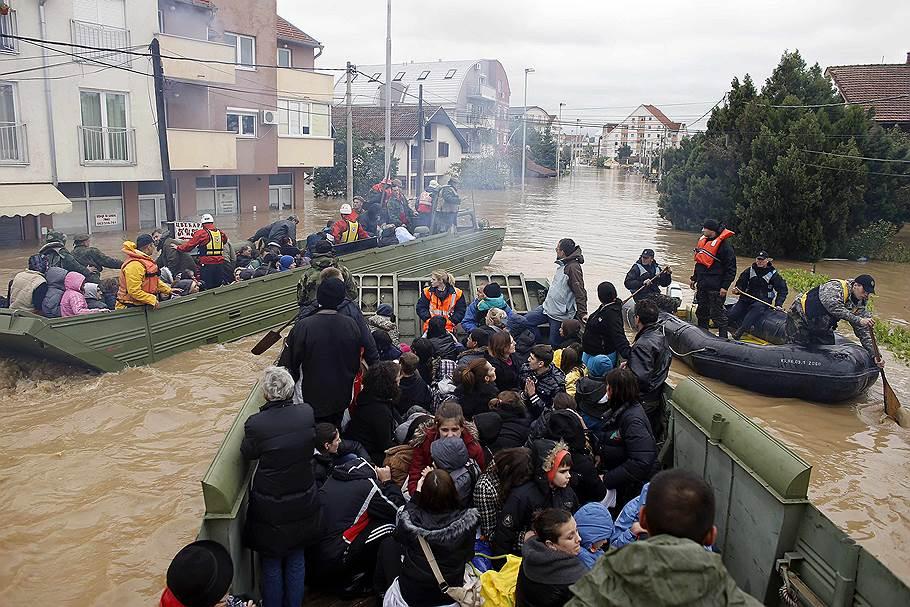 В Сербии эвакуировано более 30 тысяч человек, затоплены более 2,2 тысячи объектов