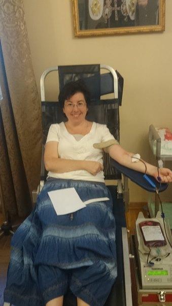 """96 человек стали донорами крови на акции службы """"Милосердие"""", проходившей в Синодальном отделе по благотворительности"""