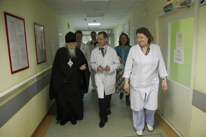 Председатель Синодального отдела посетил московскую больницу №12