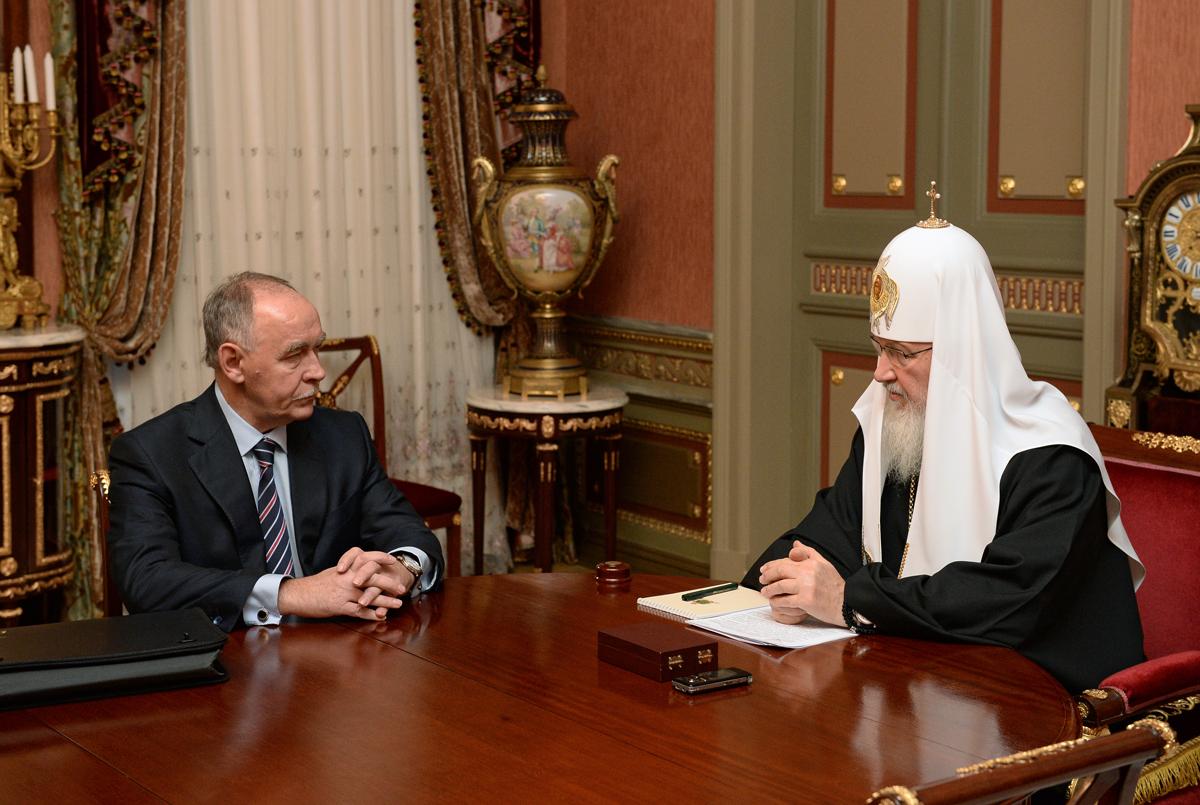 Виктор Иванов поблагодарил Святейшего Владыку за внимание к проблемам борьбы с наркоманией