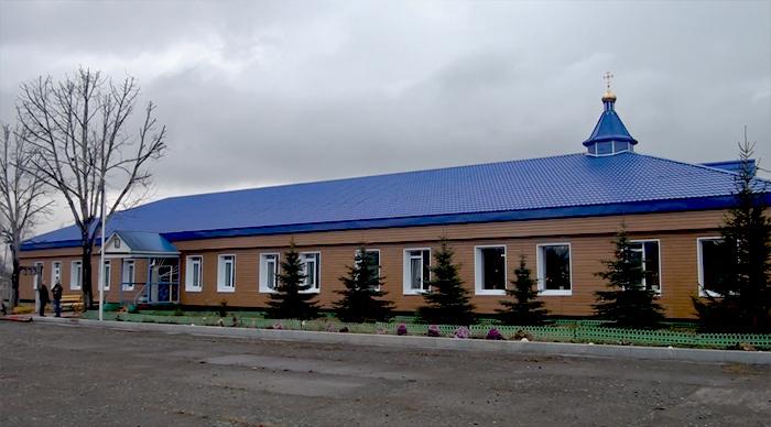 Женский монастырь в честь Казанской иконы Божией Матери в поселке Авача на окраине Петропавловска-Камчатского