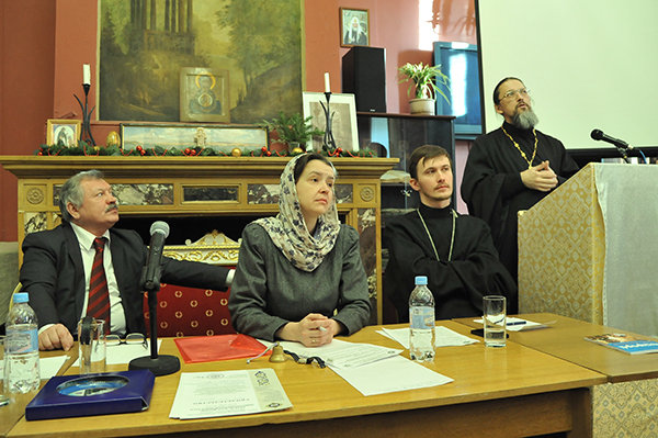 Перспективы пастырской и социальной помощи глухим и слепоглухим людям обсудили в рамках Рождественских чтений