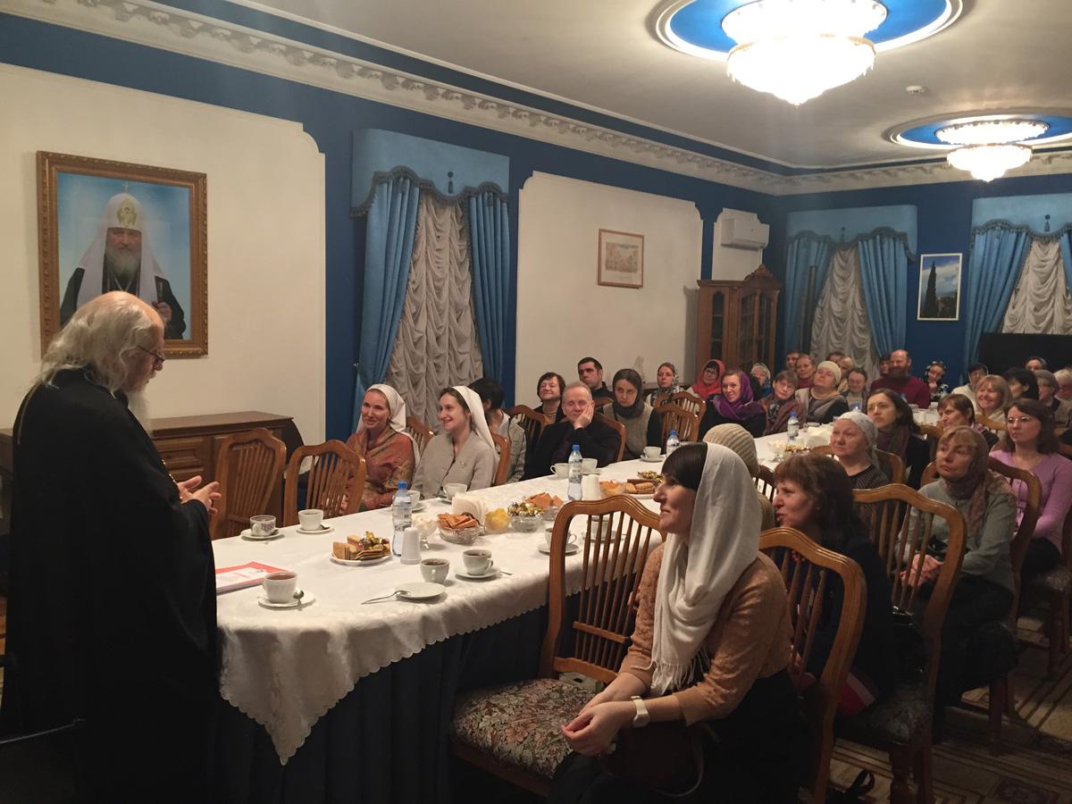 Курс обучения церковной социальной работе успешно прошли более 60 социальных работников московских храмов