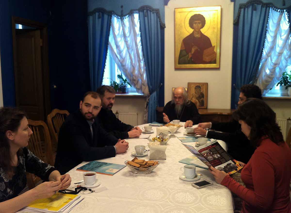 Участники встречи обсудили перспективы сотрудничества по оказанию адресной помощи мирным жителям Украины