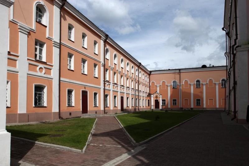 Томская духовная семинария, в здании которой пройдут занятия в рамках первого модуля курсов жестового языка для священнослужителей