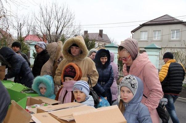 7 тонн продукции было передано в гуманитарный центр Ростовской-на-Дону епархии