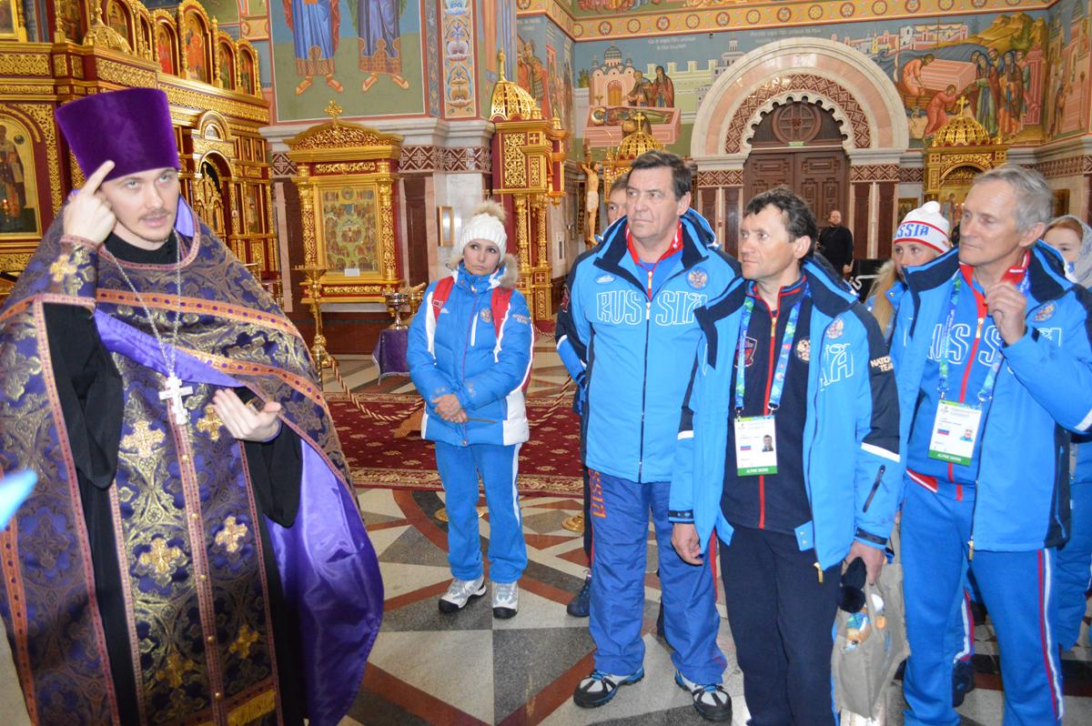 Накануне XVIII зимних Сурдлимпийских игр в Ханты-Мансийске спортсмены приняли участие в богослужении с сурдопереводом