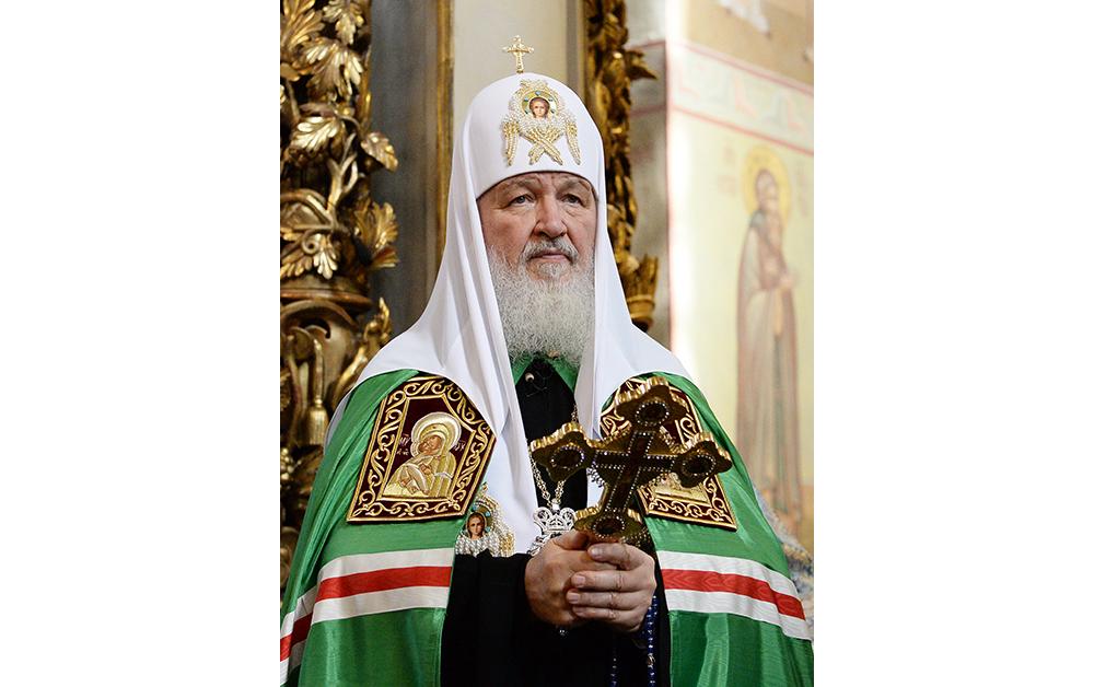 Святейший Патриарх Кирилл благословил участников съезда, собравшихся на богослужение в Донском монастыре