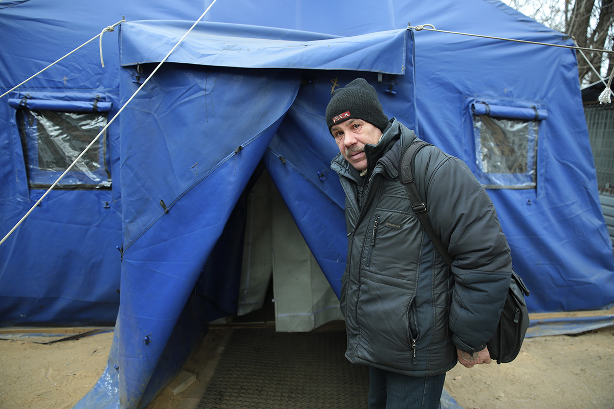 «Ангар спасения» для бездомных начинает работать без выходных