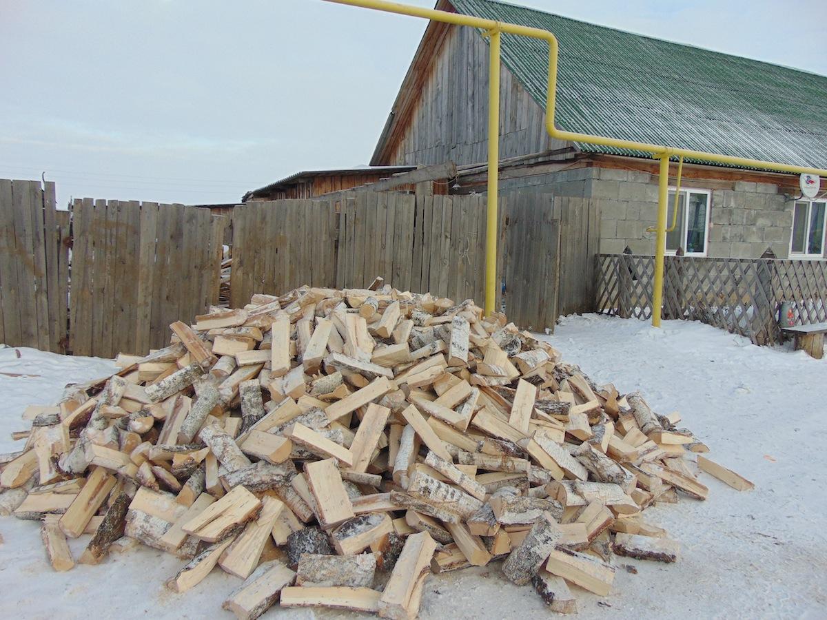 В Каменской епархии завершилась акция «Подари дрова»