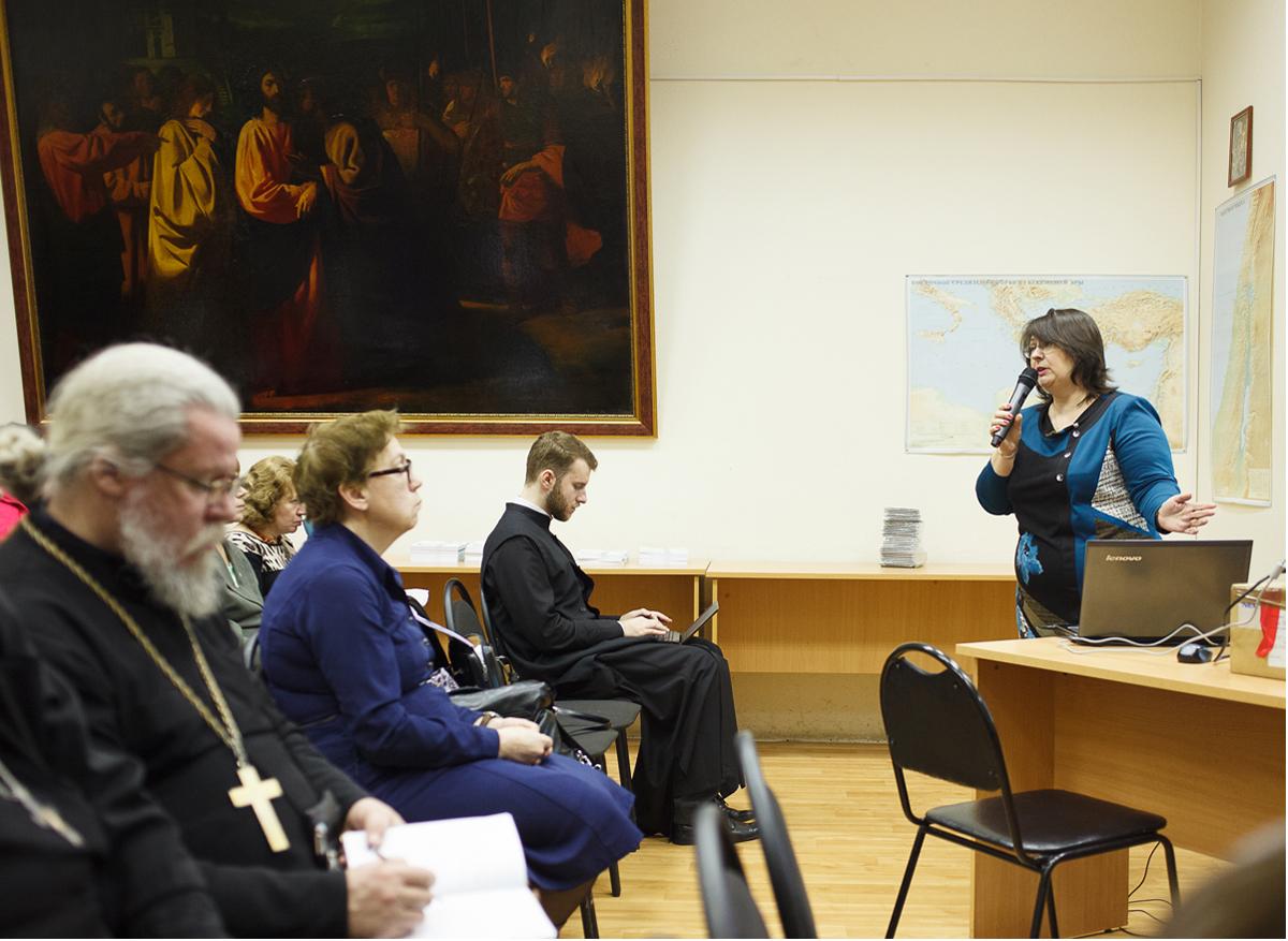 В Санкт-Петербурге обсудили создание доступной среды в храмах
