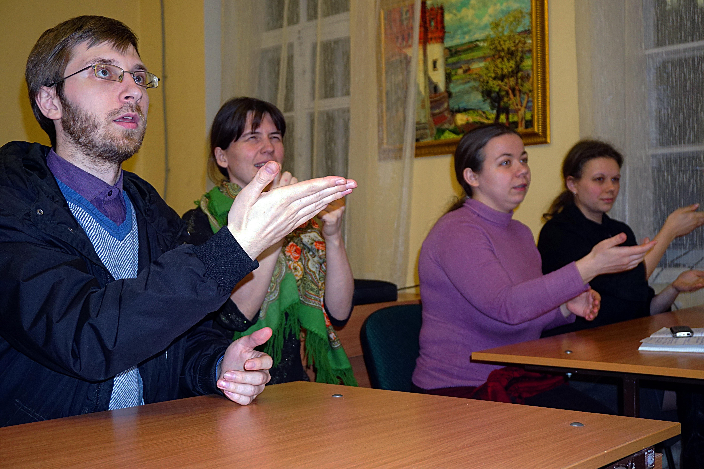 В конце мая в Курске пройдет литургия, которую переведут на жестовый язык выпускники курсов сурдоперевода