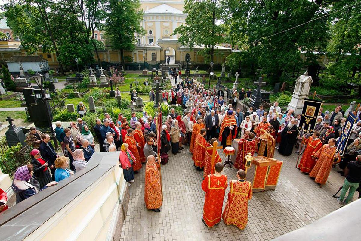 Церковь провела в Санкт-Петербурге обучающие семинары для тех, кто помогает алкоголикам бороться с зависимостью