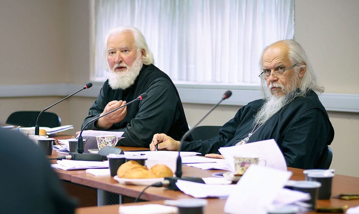 На пастырском семинаре обсудили подготовку людей к таинству Крещения