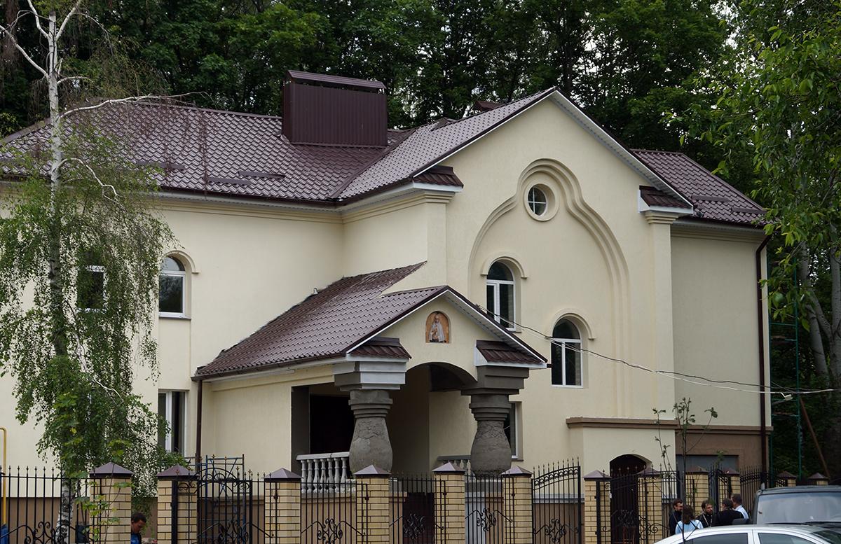 Воронежский кризисный центр помощи беременным женщинам и матерям с детьми «Дом для мамы» сегодня находится на заключительной стадии ремонта. Планируется, что его откроют в ближайшее время