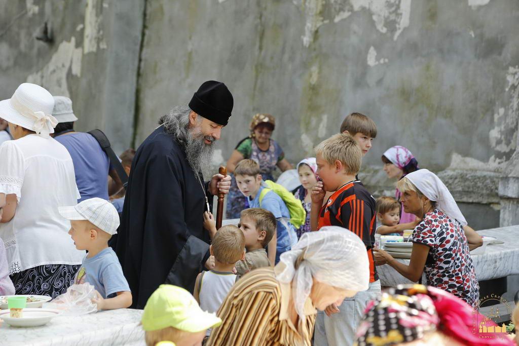 Православные Волыни отправили в Святогорскую лавру очередной груз гуманитарной помощи