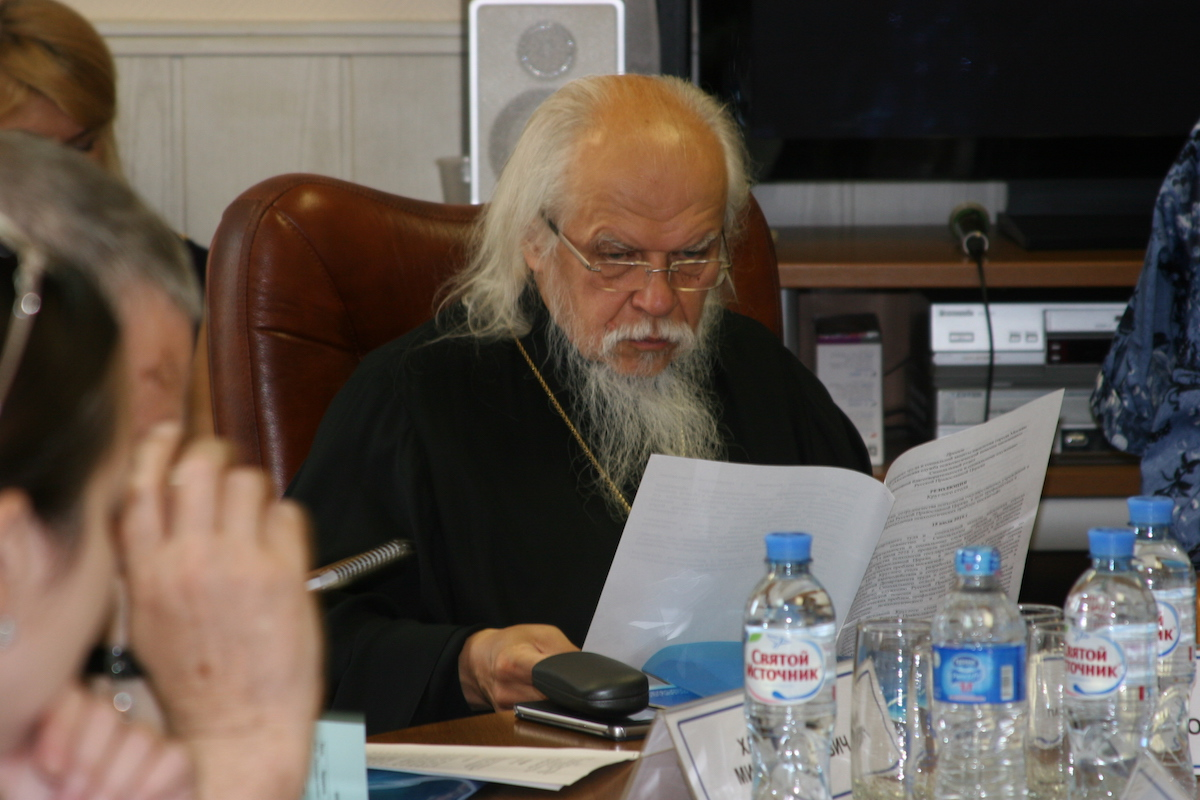 Священники готовы беседовать с людьми в московских ЦСО