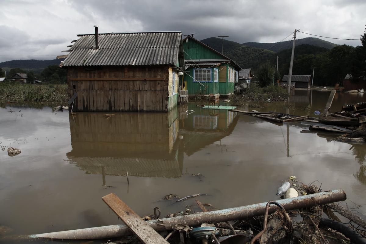 На Приморье идет третья волна наводнения