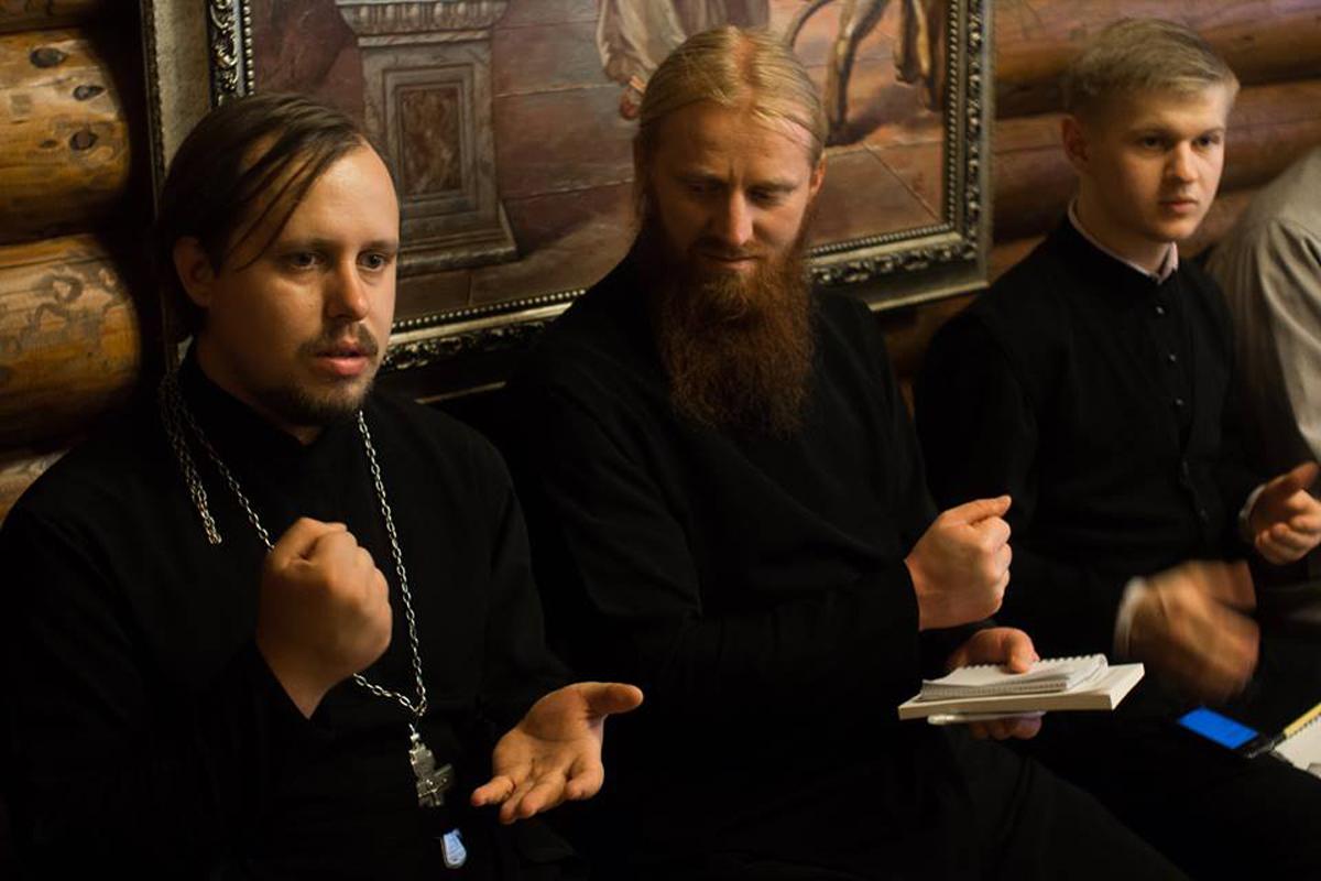 В Киеве прошел семинар по переводу Литургии на жестовый язык