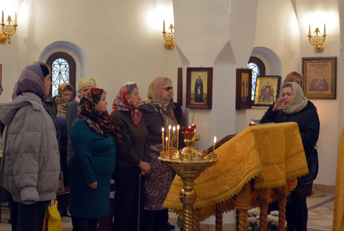 Первая Литургия с сурдопереводом совершена в московском храме Димитрия Донского в Раеве