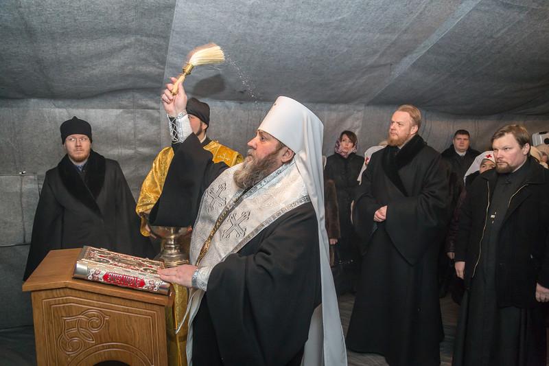 Глава Ижевской епархии освятил новый пункт временного пребывания бездомных «Теплый кров»