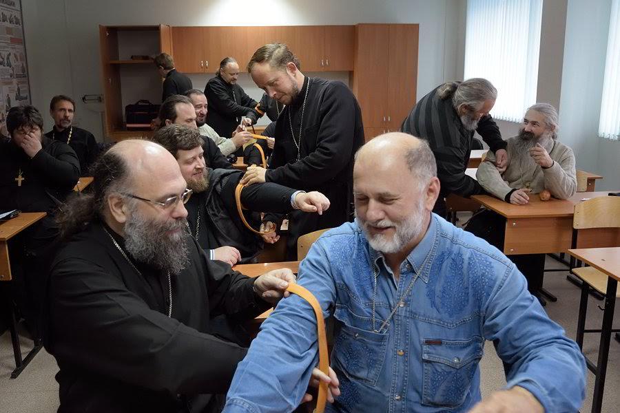 Священники Екатеринодарской епархии прошли курс обучения помощи в ЧС