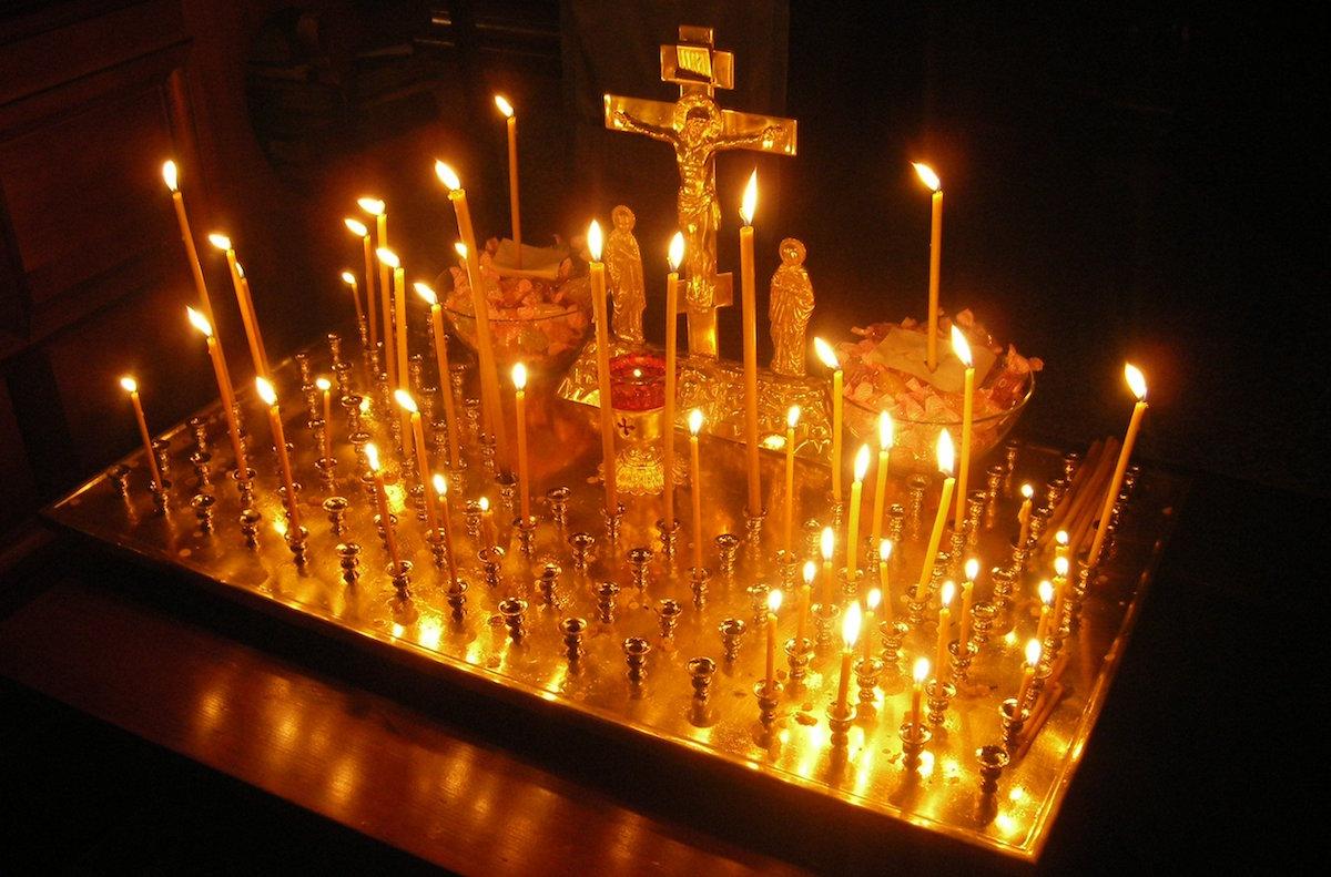 26 декабря во всех храмах будут совершены панихиды по погибшим в результате крушения самолета Ту-154