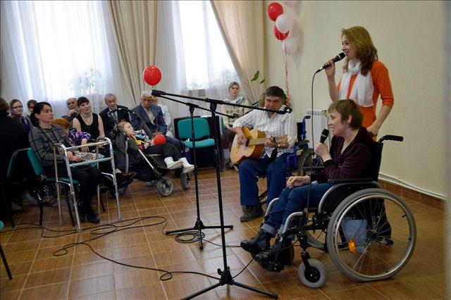 В Екатеринбурге прошел Пасхальный фестиваль творчества инвалидов «От сердца к сердцу»