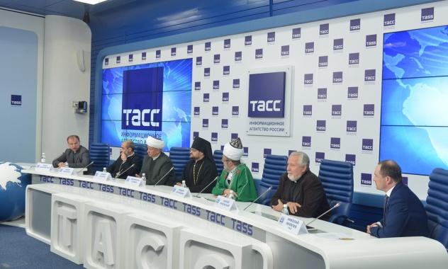 Состоялась пресс-конференция, посвященная сбору религиозными общинами России гуманитарной помощи населению Сирии