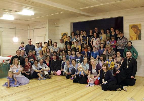 Приход Феодоровского собора организовал летний лагерь для детей с особенностями развития