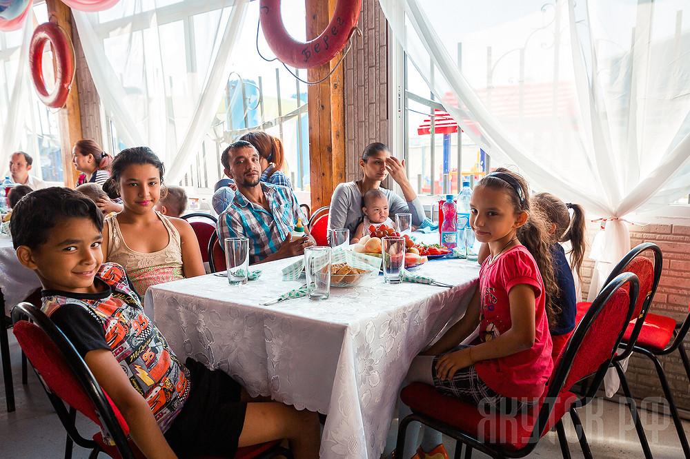 В Якутске при участии Церкви открыта первая благотворительная столовая для людей в трудной жизненной ситуации