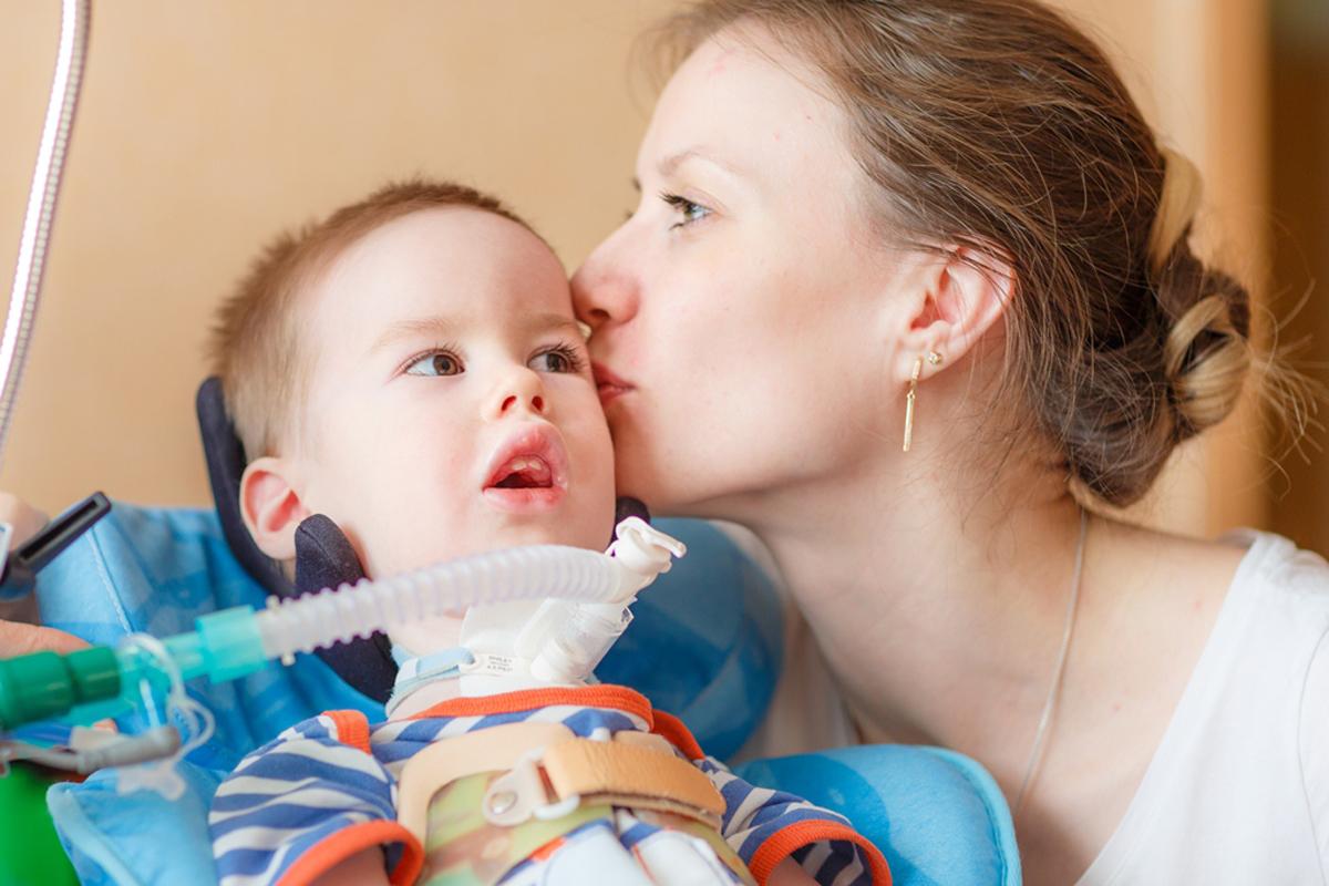 В Москве презентуют первый в России фундаментальный учебник по помощи неизлечимо больным детям