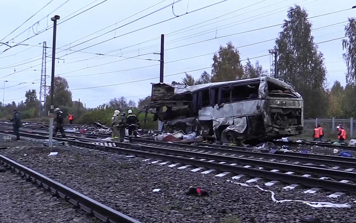 Церковь оказывает помощь пострадавшим в столкновении пассажирского автобуса и поезда во Владимирской области