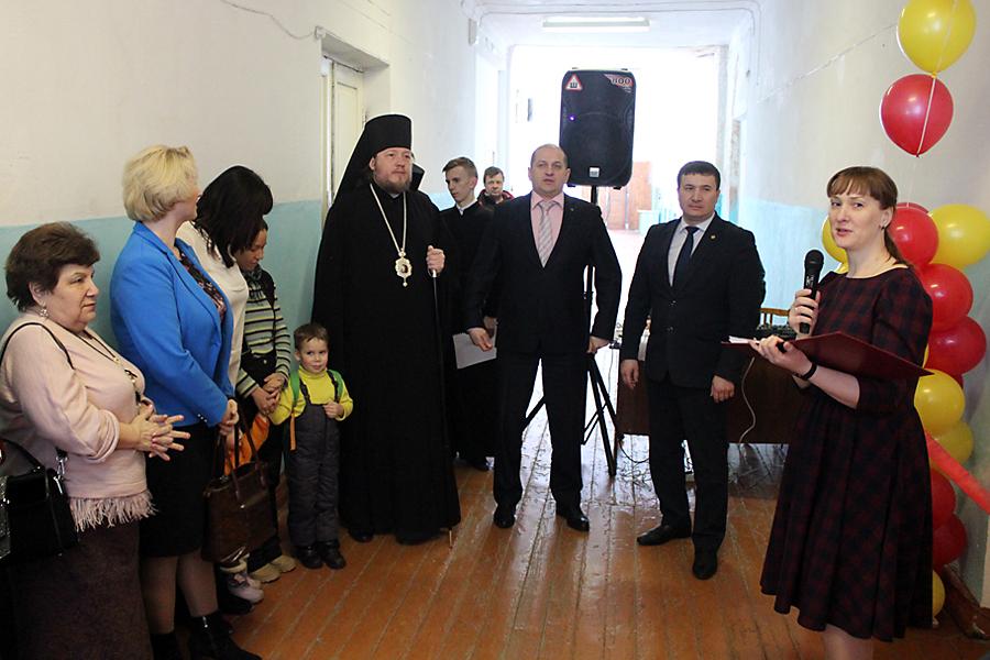 В Златоустовской епархии открыт центр гуманитарной помощи нуждающимся семьям