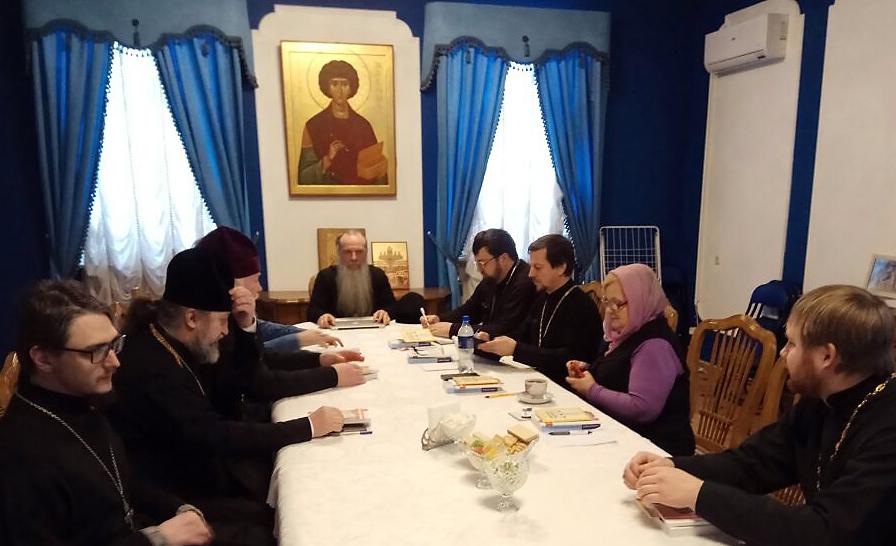 Епископ Каменский и Алапаевский Мефодий рассказал участникам стажировки об организации церковной помощи наркозависимым и их родственникам