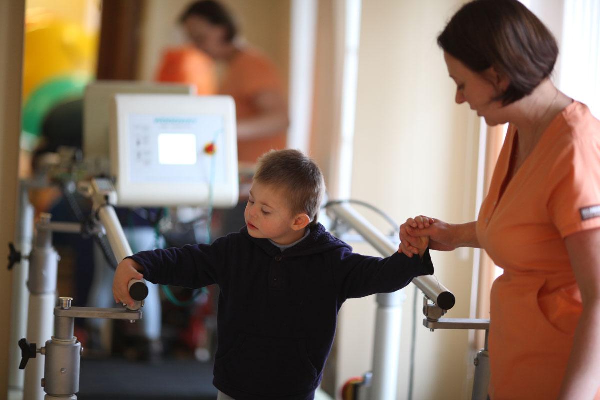 В Москве стартовал первый в России проект долгосрочной реабилитации для детей с ДЦП