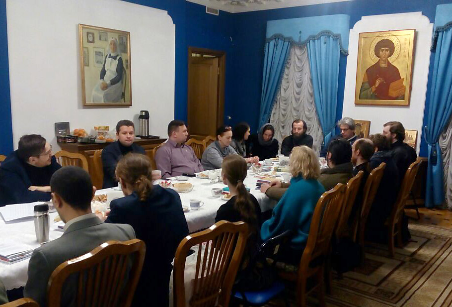 В Синодальном отделе по благотворительности прошла встреча руководителей московских обществ трезвости