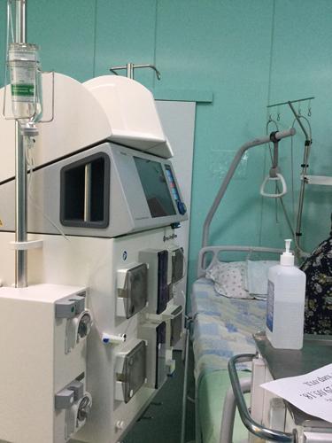 В больницу святителя Алексия поступил аппарат искусственной почки