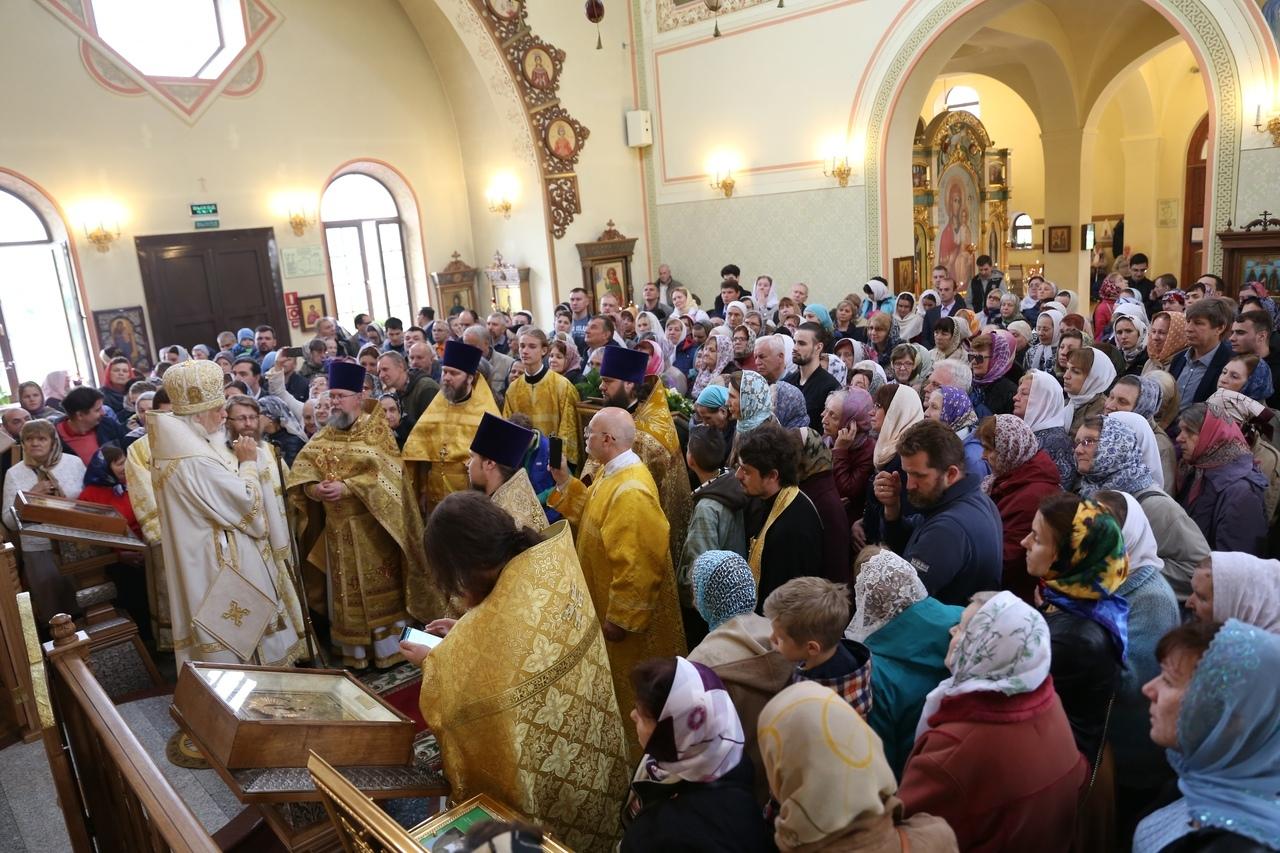 Председатель Синодального отдела посетил единственную в России православную общину больных рассеянным склерозом