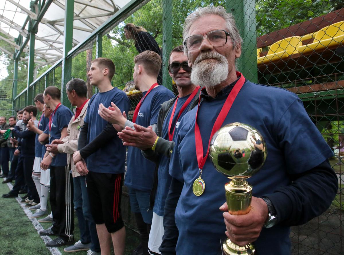 Служба «Милосердие» провела первый чемпионат по футболу среди бездомных