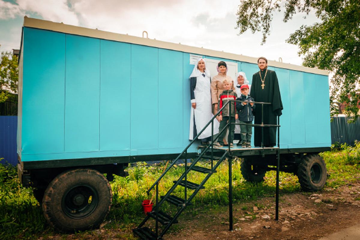 Церковь организовала в Бугульме передвижную социальную столовую