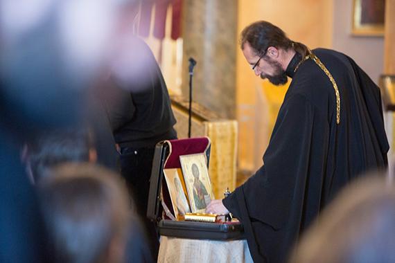 В Церкви откроют курсы помощников больничных священников