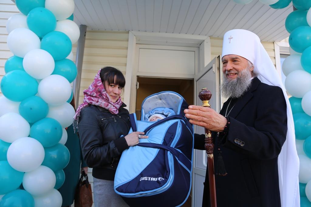Открытие центра гуманитарной помощи в Саранской епархии 14 марта 2017 года возглавил митрополит Саранский и Мордовский Зиновий