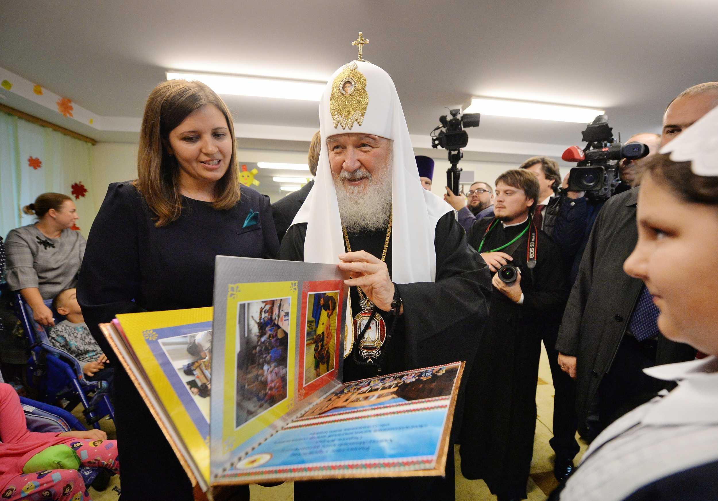 Святейший Патриарх Кирилл посетил социальные учреждения Когалыма и Норильска
