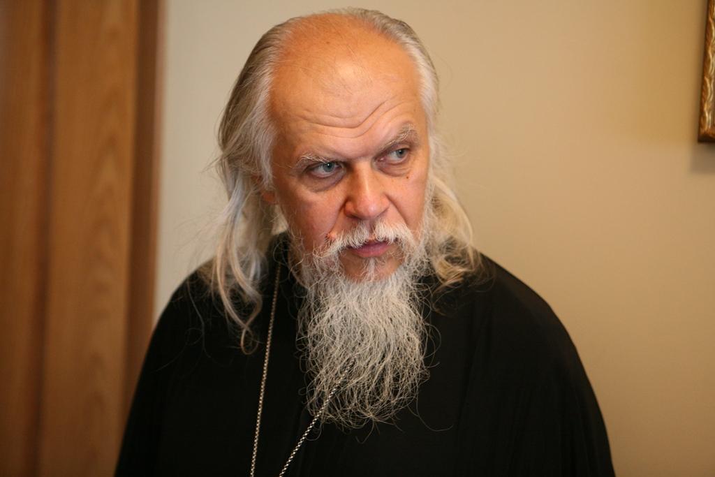 Епископ Пантелеимон накануне своего дня рождения призвал поддержать храм царевича Димитрия
