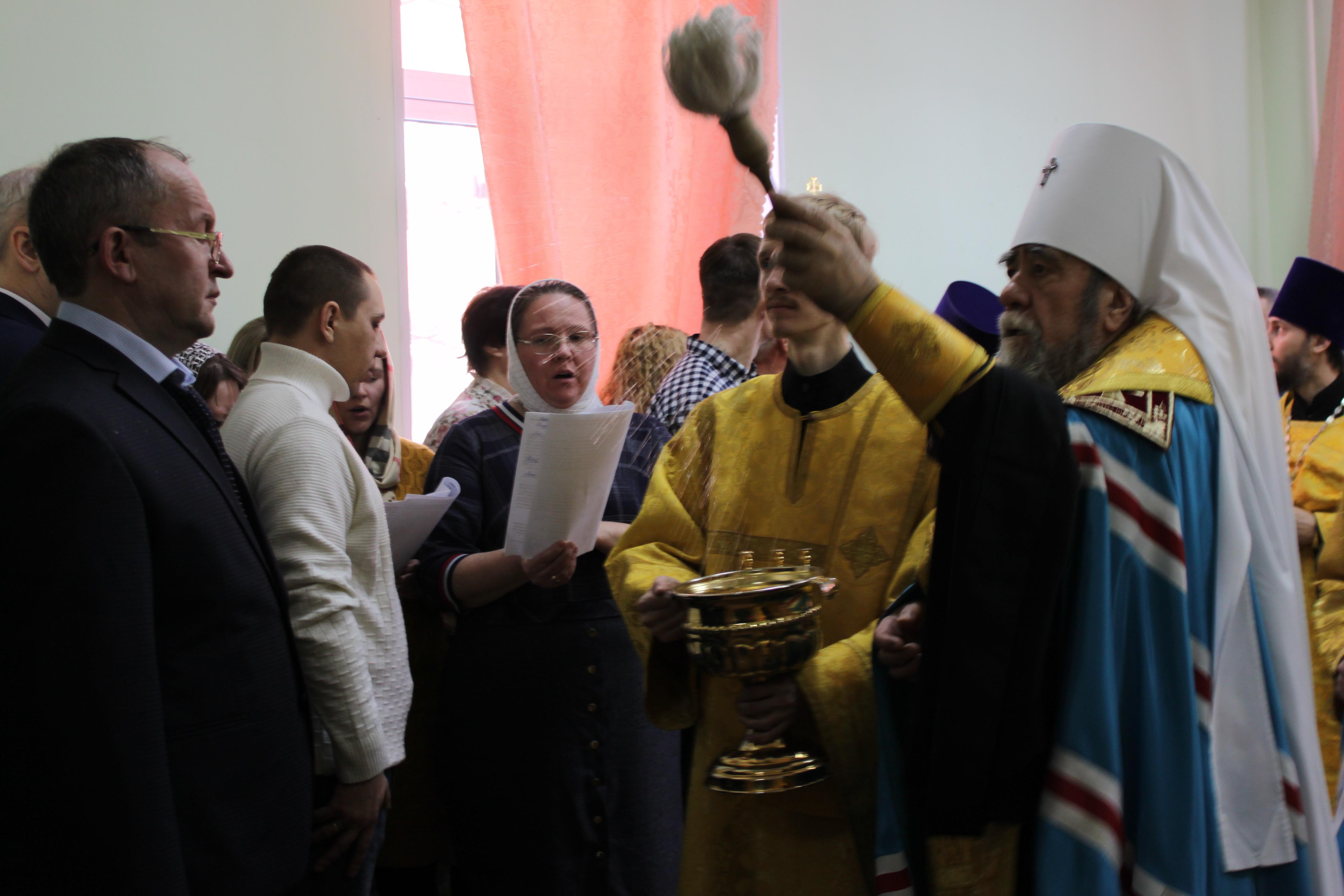 Чин освящения совершил митрополит Омский и Таврический Владимир