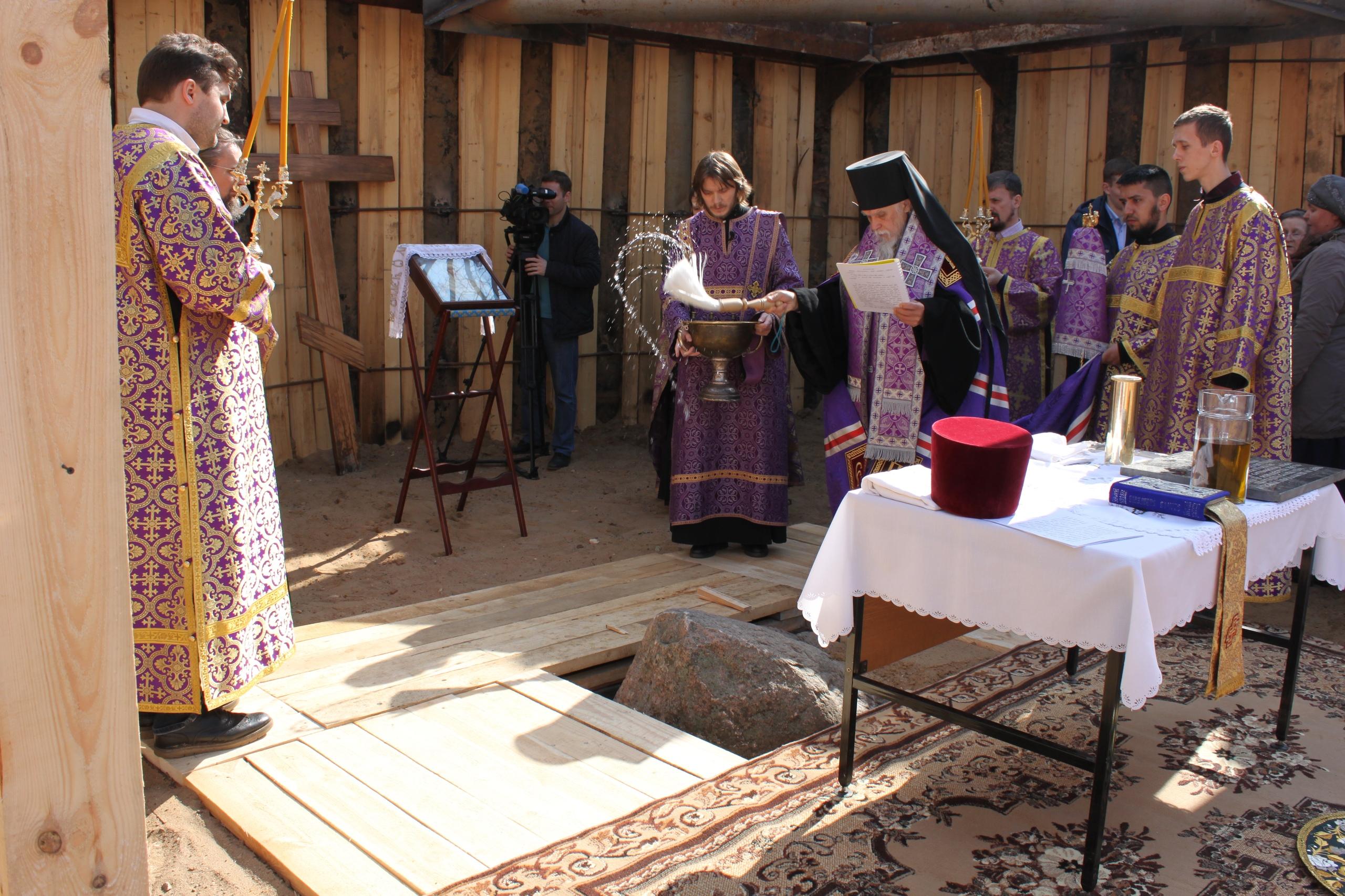 Началось строительство храма при Морозовской детской больнице
